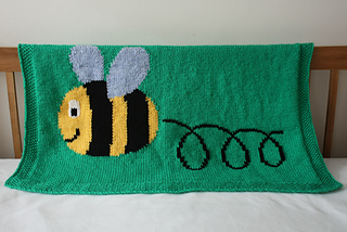 23_busy_buzzy_bumble_bee_blanket_1_small2