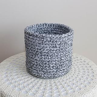 Basket from a ribbon yarn pattern by Violetta Shvarts