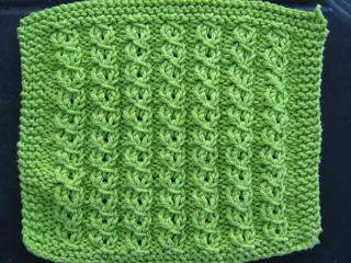 Knitting_2009_03_22_0844_small2
