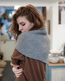 Walcot-yarns-cobbled-streets-shawl-033-72_small2