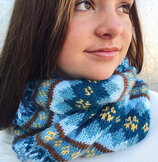 Indie Design Gift Along 2018 Cowl and Scarf Knit Stranded