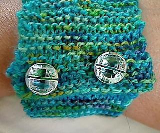 Bracelet_buttons_small2