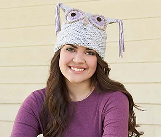 Hoo_s_there_hat_small2