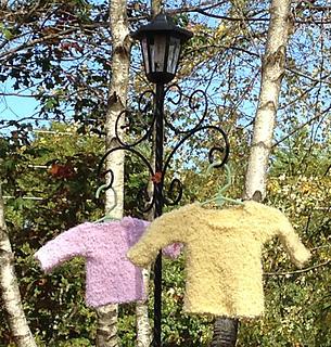 Yellowpinksweaters1_web_small2