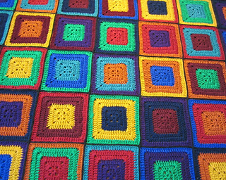 Sudoku_crochet_close_up_2_1000_small2
