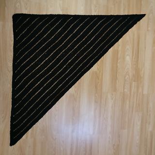 Black_02_square_small2