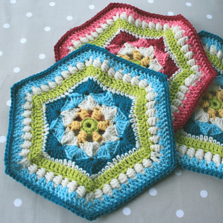Shells_and_clusters_hexagon_3_small2