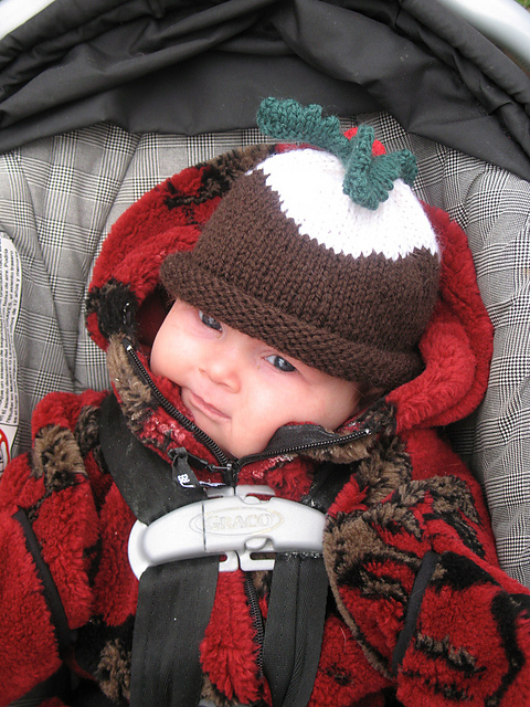 Ravelry Christmas Pudding Hat And Mittens Pattern By Debbie Bliss