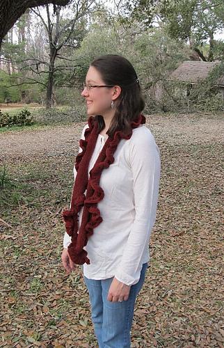 Amber_scarf_1_medium
