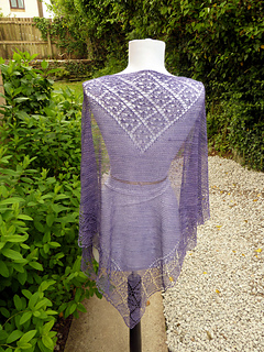 June_shawl_1_small2