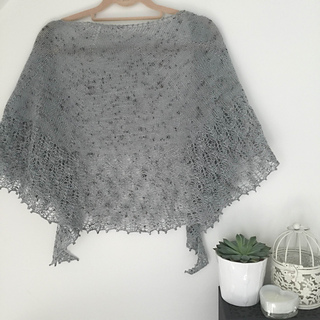Deb_hickmann_testknit_secret_garden_shawl_-_img_3360_small2