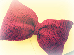 Bowtie_pillow_1_small