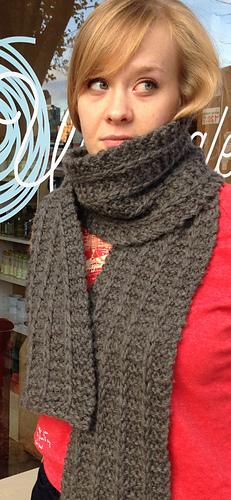 Boyfriendly_scarf_9_cropped_medium