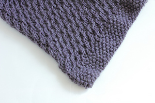 Ravelry Twisted Amour Scarf Pattern By Yarnybird