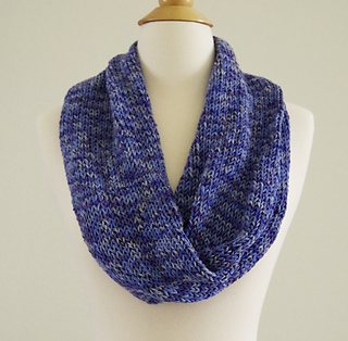 Ravelry Seamless Infinity Scarf Pattern By Yay For Yarn Patterns
