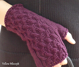 March_weather_mitts_small2