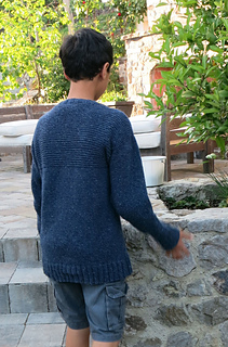 Wes_in_larry_sweater_small2