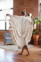Knittingfromthecenterout_p89_lores_small_best_fit