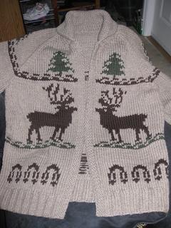 Reindeer_sweater_knitting_045_small2
