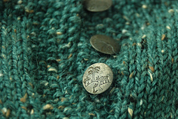 Citytweedsweater_button_detail1_small_best_fit