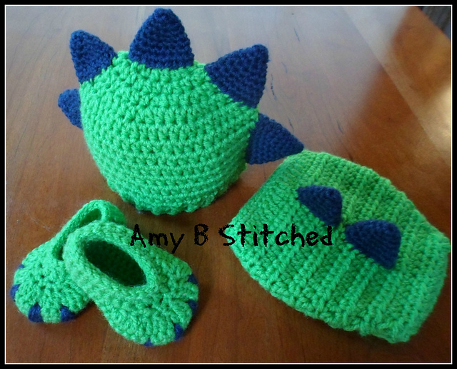 Ravelry Dinosaur Baby Hat And Diaper Cover Set Pattern By Amy B