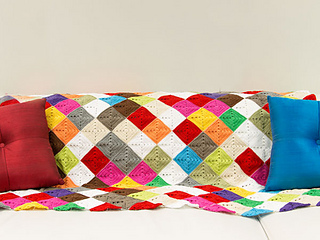 Wink-crochet-lap-blanket-finished2_small2