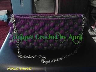 Strawberry_stitch_purse1_small2