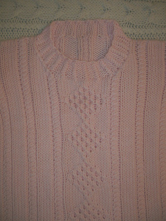 Lexie_s_sweater_close_up_small2