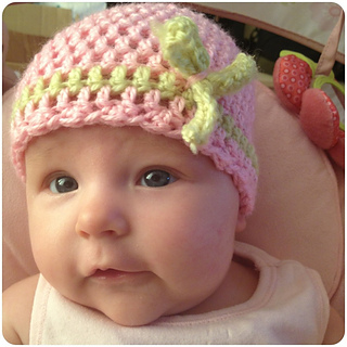 Pink-crochet-baby-hat_small2