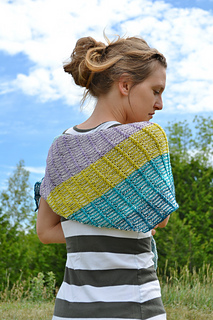 Assymetrical_shawls_one_and_two_2016-07-22_027_small2