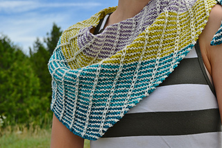 Assymetrical_shawls_one_and_two_2016-07-22_003_small2