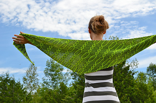 Assymetrical_shawls_one_and_two_2016-07-22_069_small2