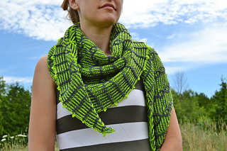 Assymetrical_shawls_one_and_two_2016-07-22_058_small2