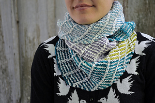 Asymmetrical_shawl_3_2016-09-25_101_small2