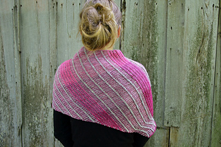 Asymmetrical_shawl_3_2016-09-25_080_small2