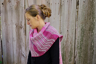Asymmetrical_shawl_3_2016-09-25_023_small2