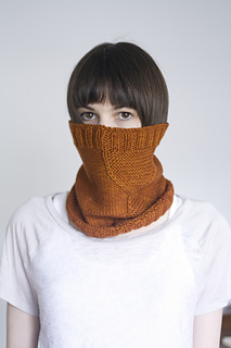 Plucky_cowl2_small2