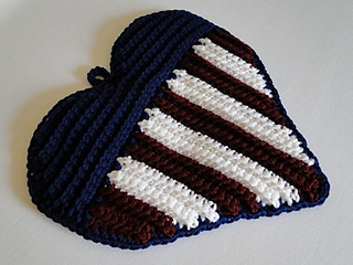 Patriotic_heart_potholder_1_small2