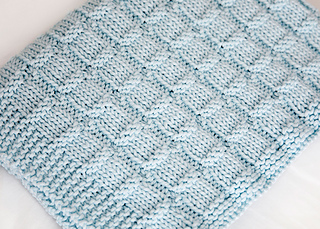3ab2ac5d6 Snuggle Time Baby Blanket pattern by Leelee Knits