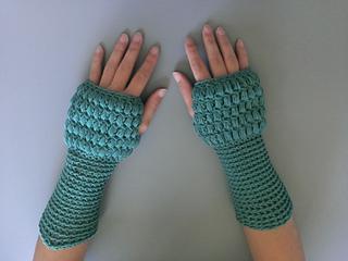 P34b_abby_fingerless_gloves_small2