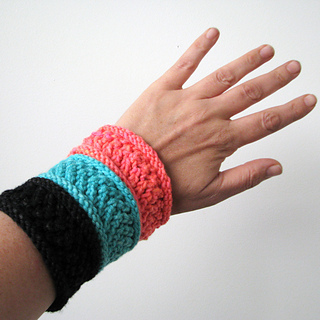 Cuffs6_small2