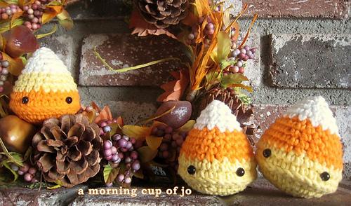 Candy_corn_wreath_medium
