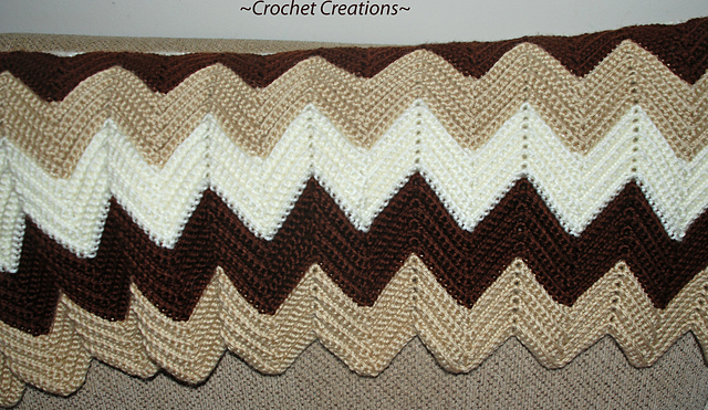 Ravelry: Classic Ripple Afghan pattern by Amy Lehman