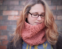 Coral_cowl_close_2_small_best_fit