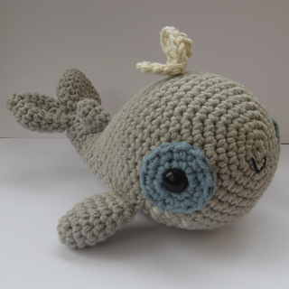Whale_004_small2