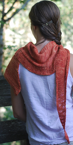 Klamath_shawlette_005_medium