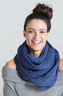 Quincy_scarf_02_small2