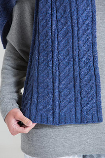 Quincy_scarf_03_small2