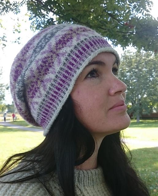 Ravelry: Häxans Slouchy Fair Isle Hat pattern by Anita Viksten