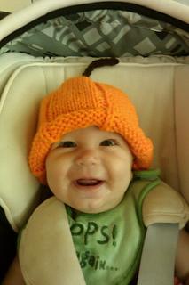 Ruthie_pumpkin_hat_small2